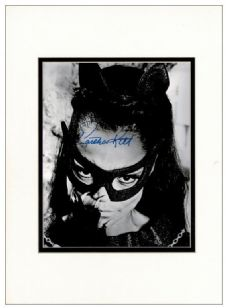 Eartha Kitt Autograph Signed Photo - Catwoman
